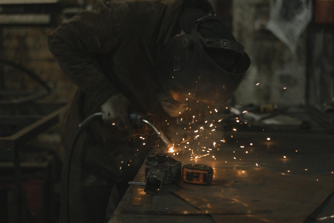 Comment choisir une entreprise de métallerie Nice?